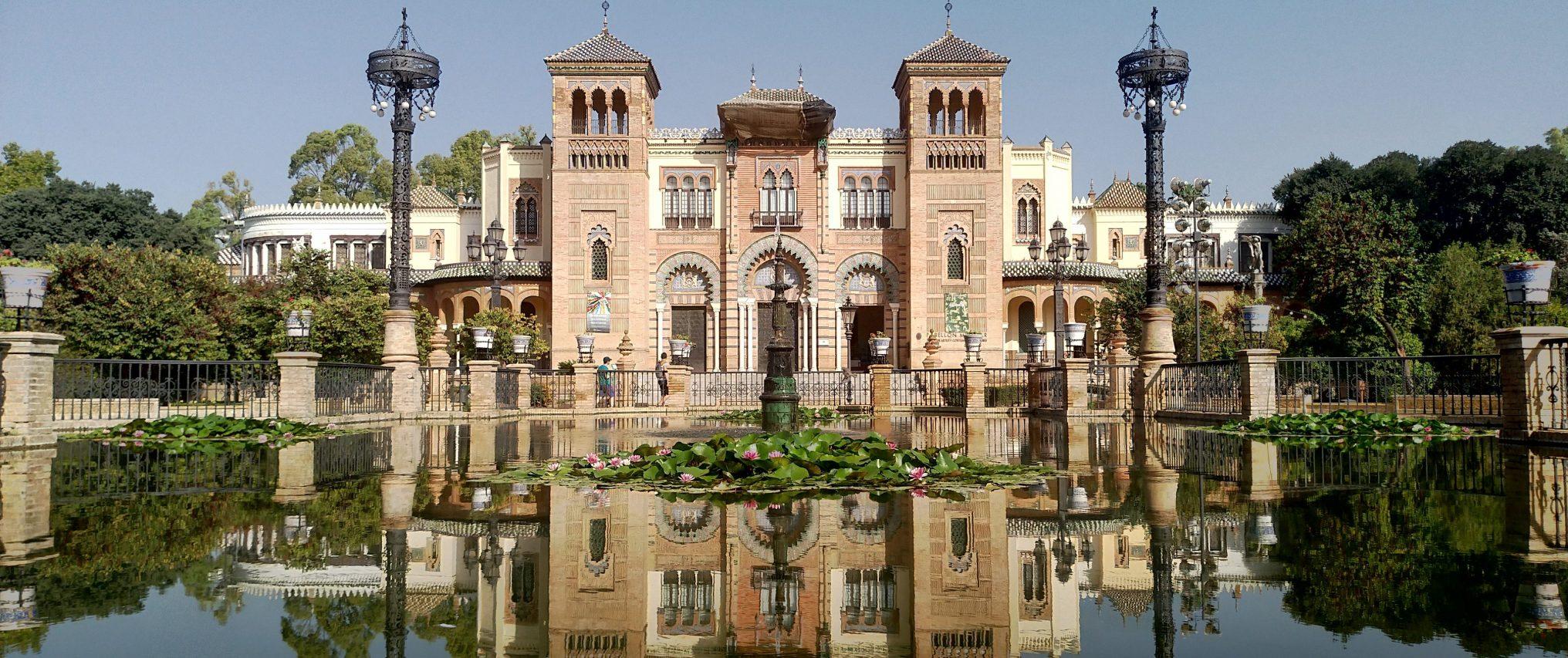 andalusia senza automobile,Museo de Arte y Costumbres Populares di Siviglia