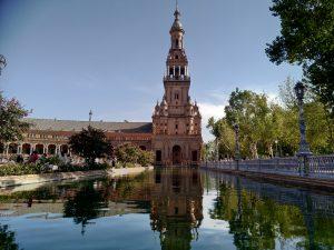 Andalusia senza automobile, Plaza de Espana