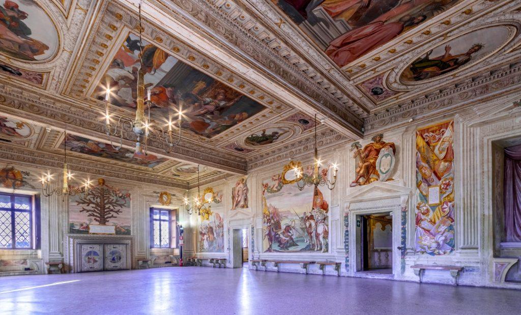 Salone affreschi Catajo