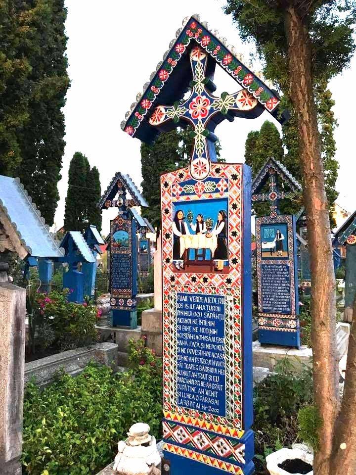 Cimitero allegro di Săpânţa
