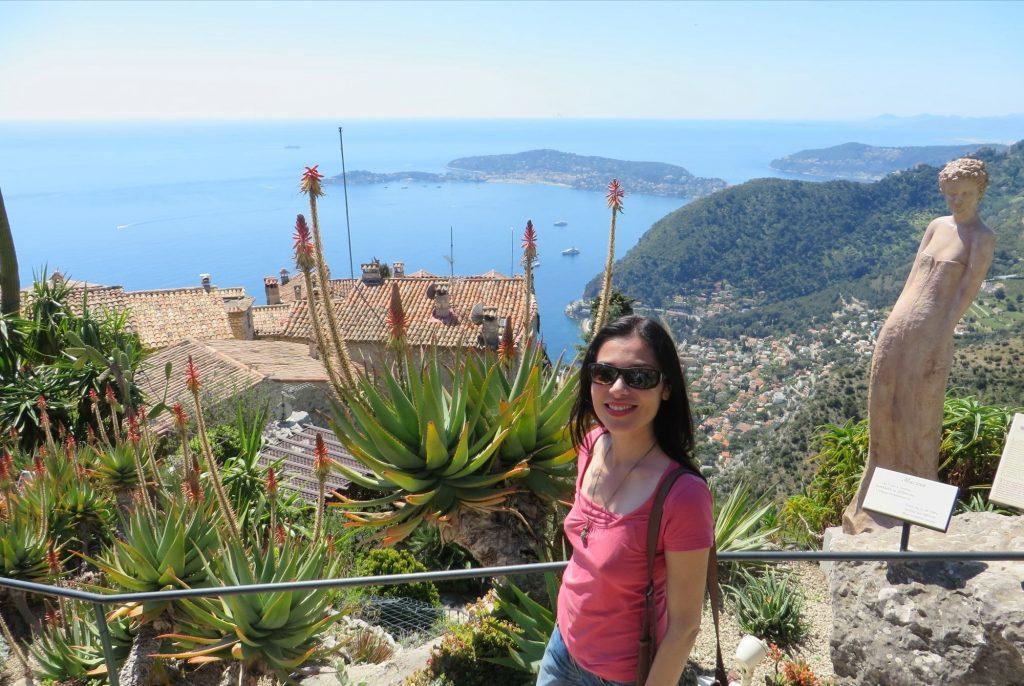 Veronica Travel Blogger Meraviglieuropa a Eze in Costa Azzurra sui passi di Nietzsche