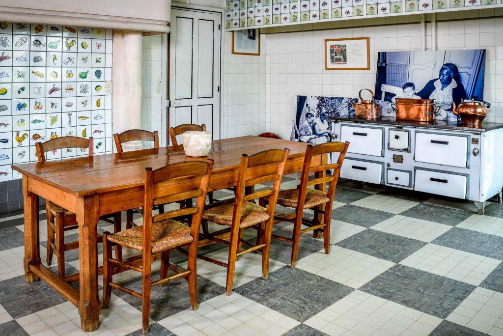 La cucina del castello des Milandes di Josephine Baker